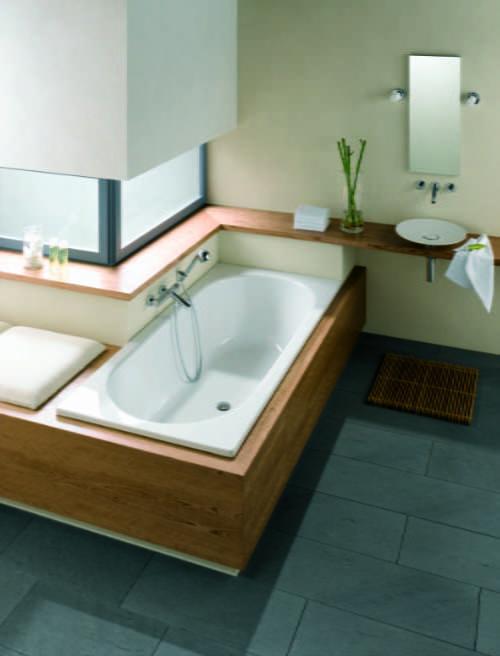 Bette - Starlet bath
