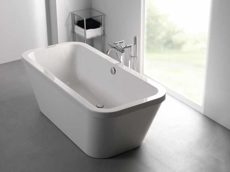 Carron - Halcyon free standing bath